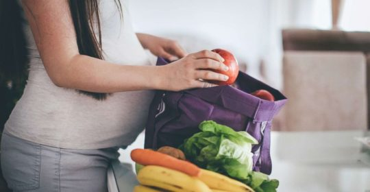 Foods to eat and skip to increase chances for pregnancy