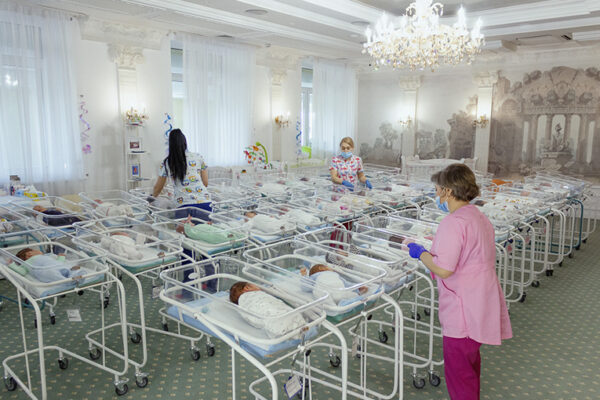 VIDEO: Over 500 surrogate babies abandoned in Ukraine after wealthy foreign parents barred from entering country over coronavirus